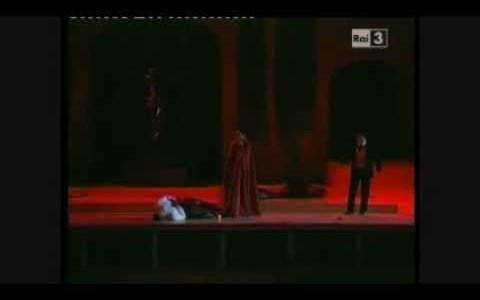 2010年夏のマチェラータ音楽祭「ファウスト」リハーサル&抜粋映像